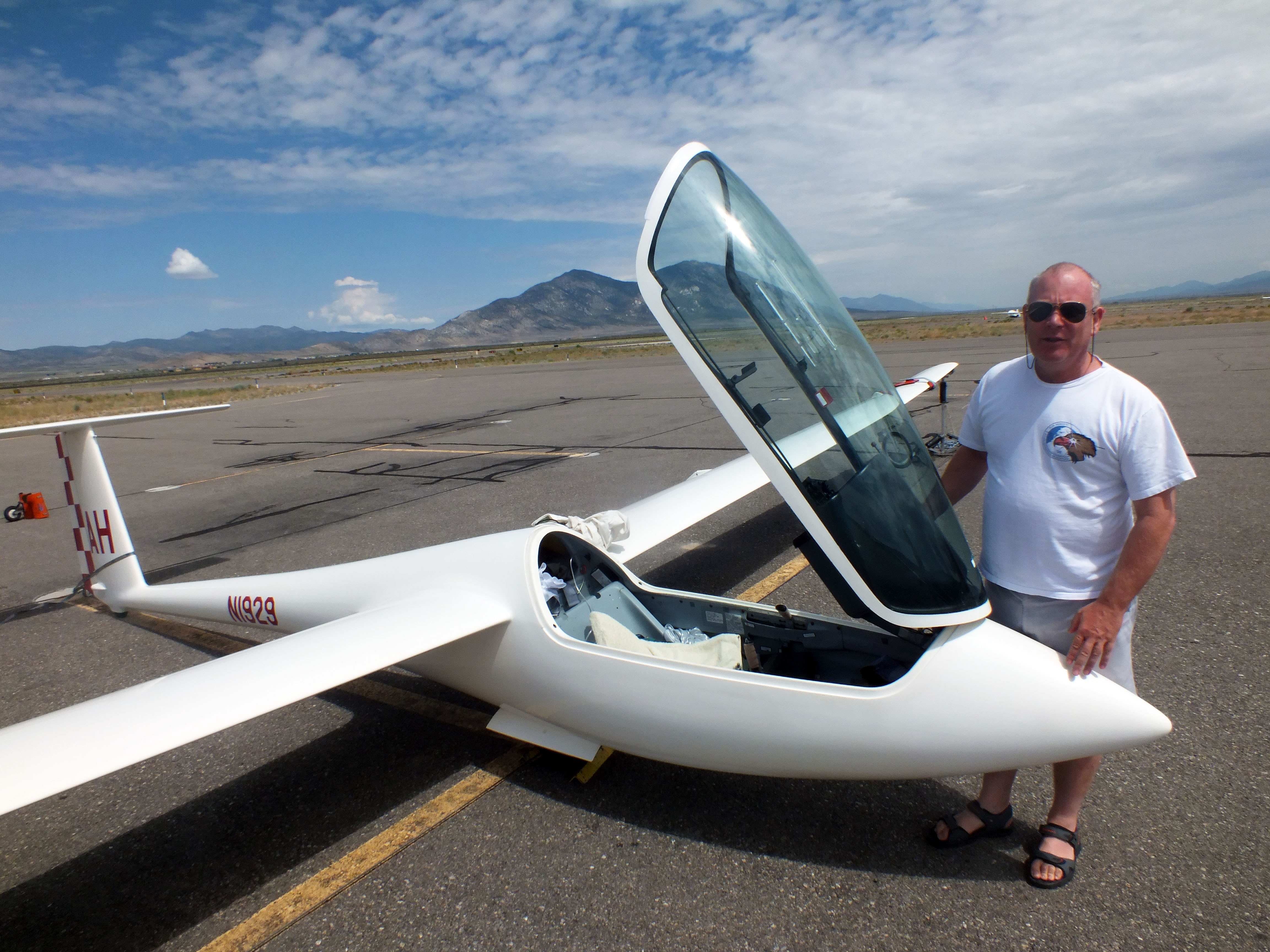 Glider pilots flock to Ely this summer