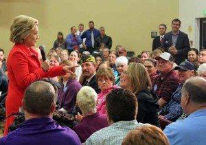 Clinton talks economy,